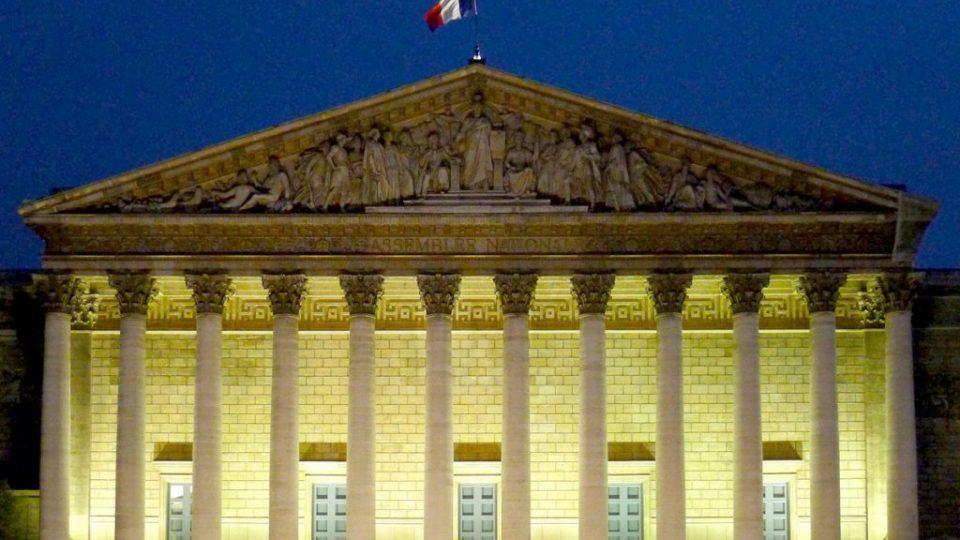 P1030530_Paris_VII_Palais-Bourbon_de_nuit_rwk